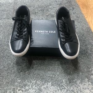 Kenneth Cole Women's black sneakers
